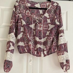 PAISLEY & LACE TOP
